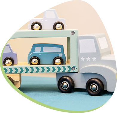 ekologiczna zabawka - drewniany samochód